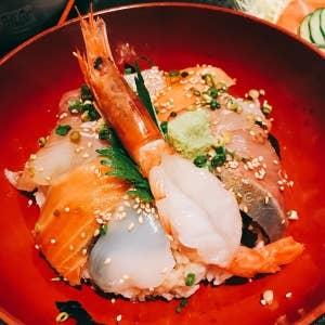 小田原の海の幸を召し上がれ!駅&漁港周辺の美味 …