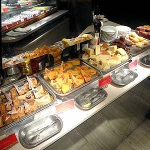 新宿で人気の食べ放題のお店9選