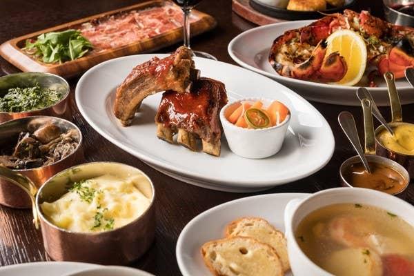 【選べるドリンク2杯付き オンライン限定コース】サーロインステーキやお魚料理も楽しめるダブルメインのディナー