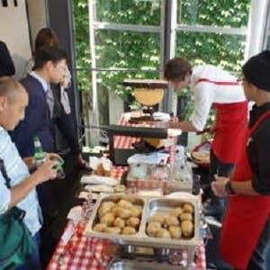 【ケータリングサービス】企業様・イベントに!ご指定先へ、ラクレットチーズの屋台♪
