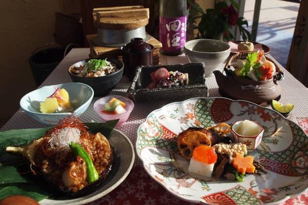 《10月》葵(あおい)◆松茸の土瓶蒸しなど季節を味わう一番人気のコース