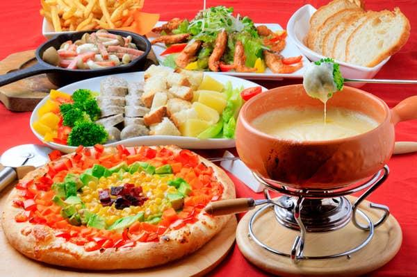 [宴会プラン]飲み放題付チーズフォンデュ少人数宴会コース(8名様以上のご予約で特典付)
