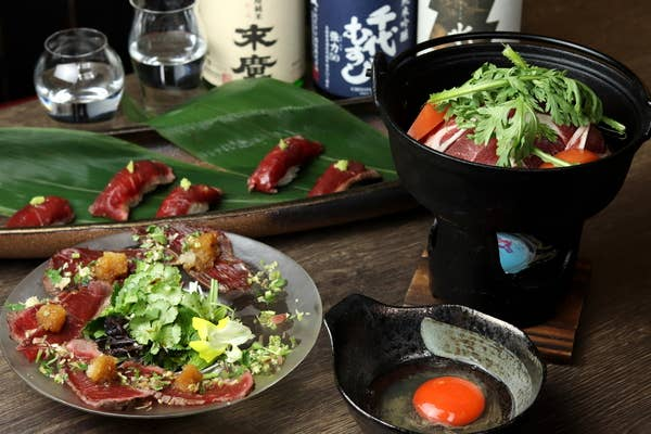 ◆◆呑み放題付き・寿の膳◆◆ 呑み放題120分+ブランド鶏の美桜鶏のすき焼きと〆にウニいくらキャビアTKGが楽しめる贅沢懐石御膳