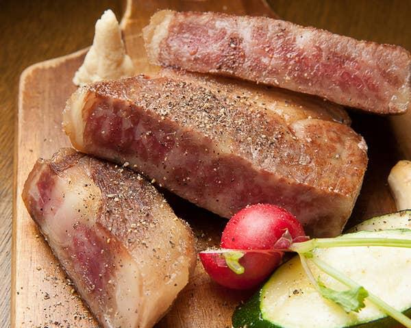 【ビール×ワイン×肉】◆ピザ&ステーキ◆120分飲放【ミートコース】5000円→3980円