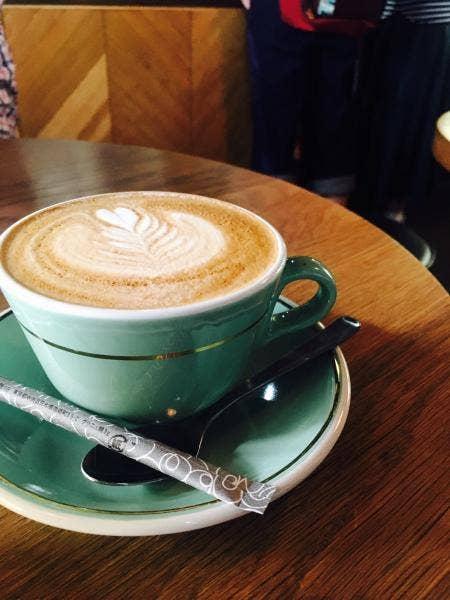 MOJO COFFEE (モジョコーヒー) (神楽坂/カフェ) - Retty