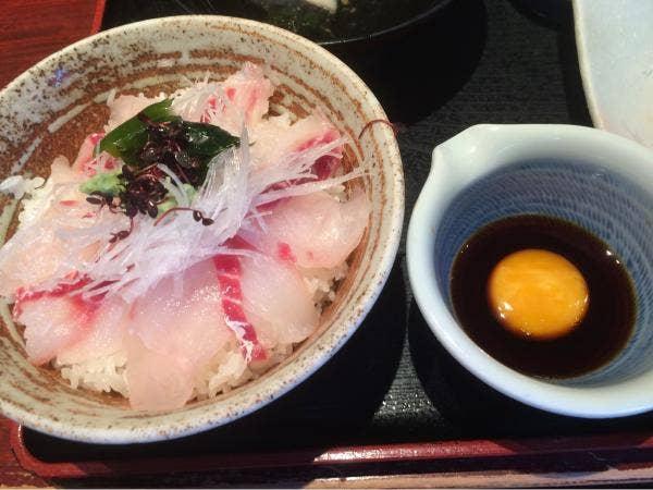 ご当地グルメも!定番料理も!松山市内で行くべき料理自慢の居酒屋5選